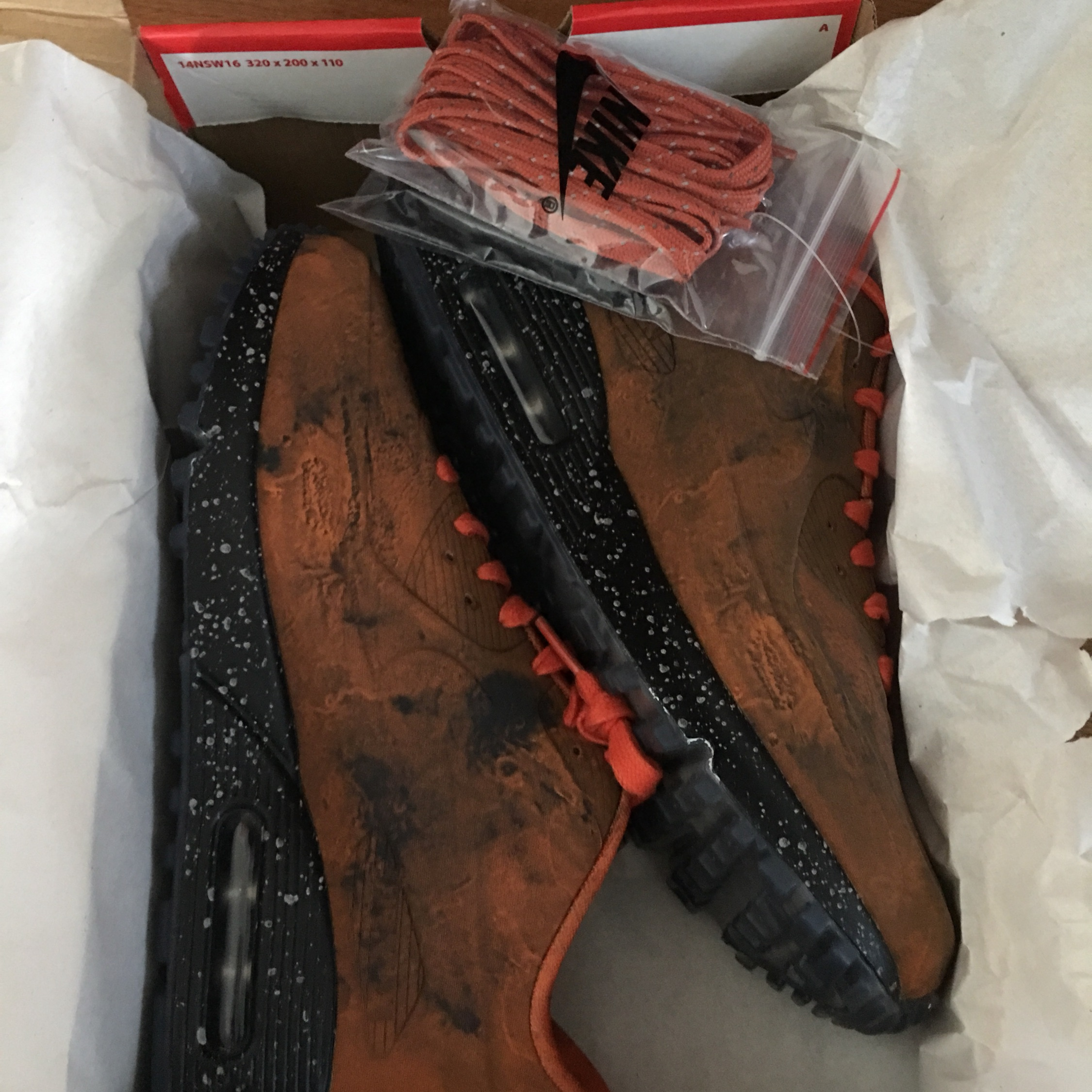 Nike Air Max 90 Mars Landing *New With Tags