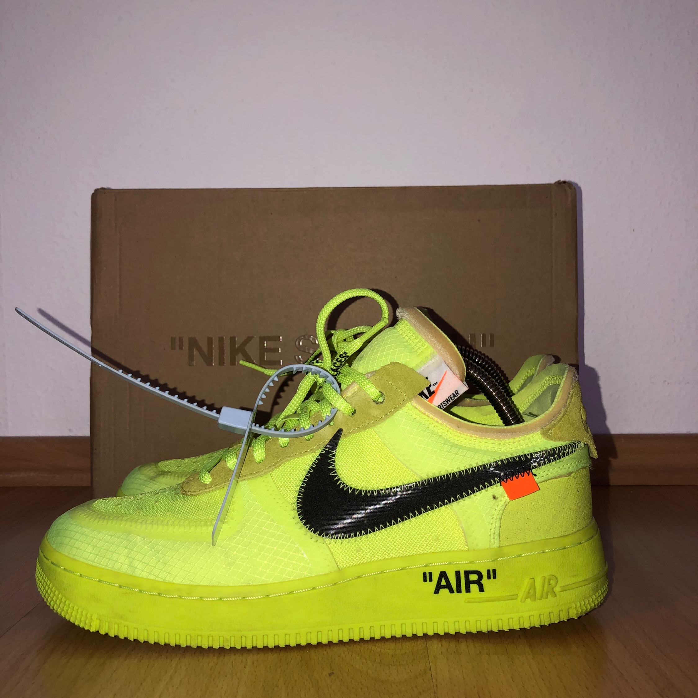 Air Force 1 Low Off White Volt Td
