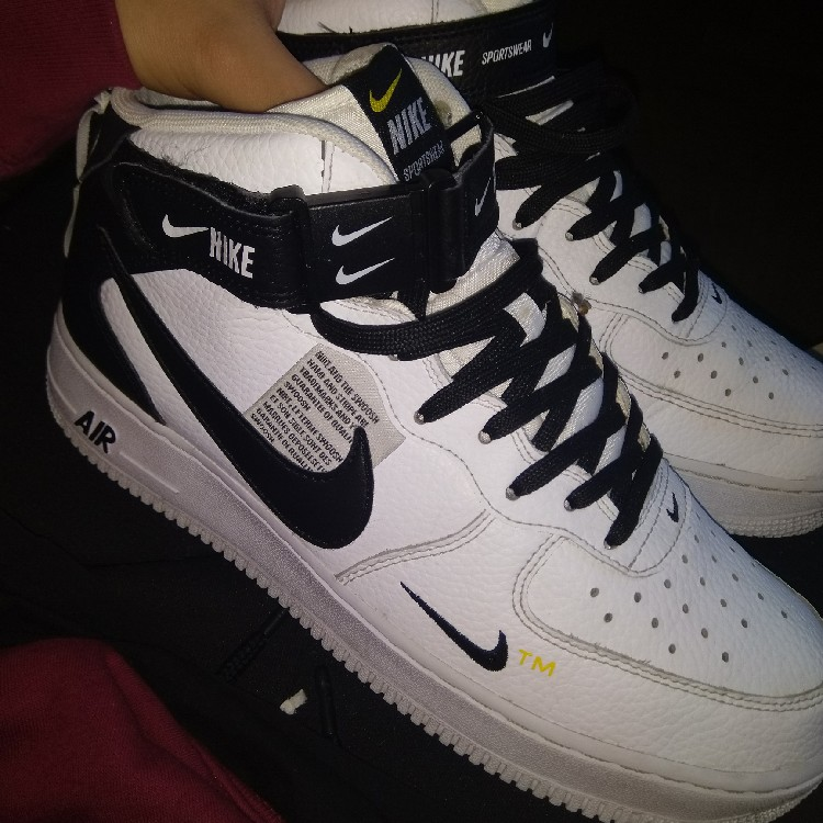 huge discount b4945 e8533 Rare Nike Air Force 1 '07 mid lv8 White