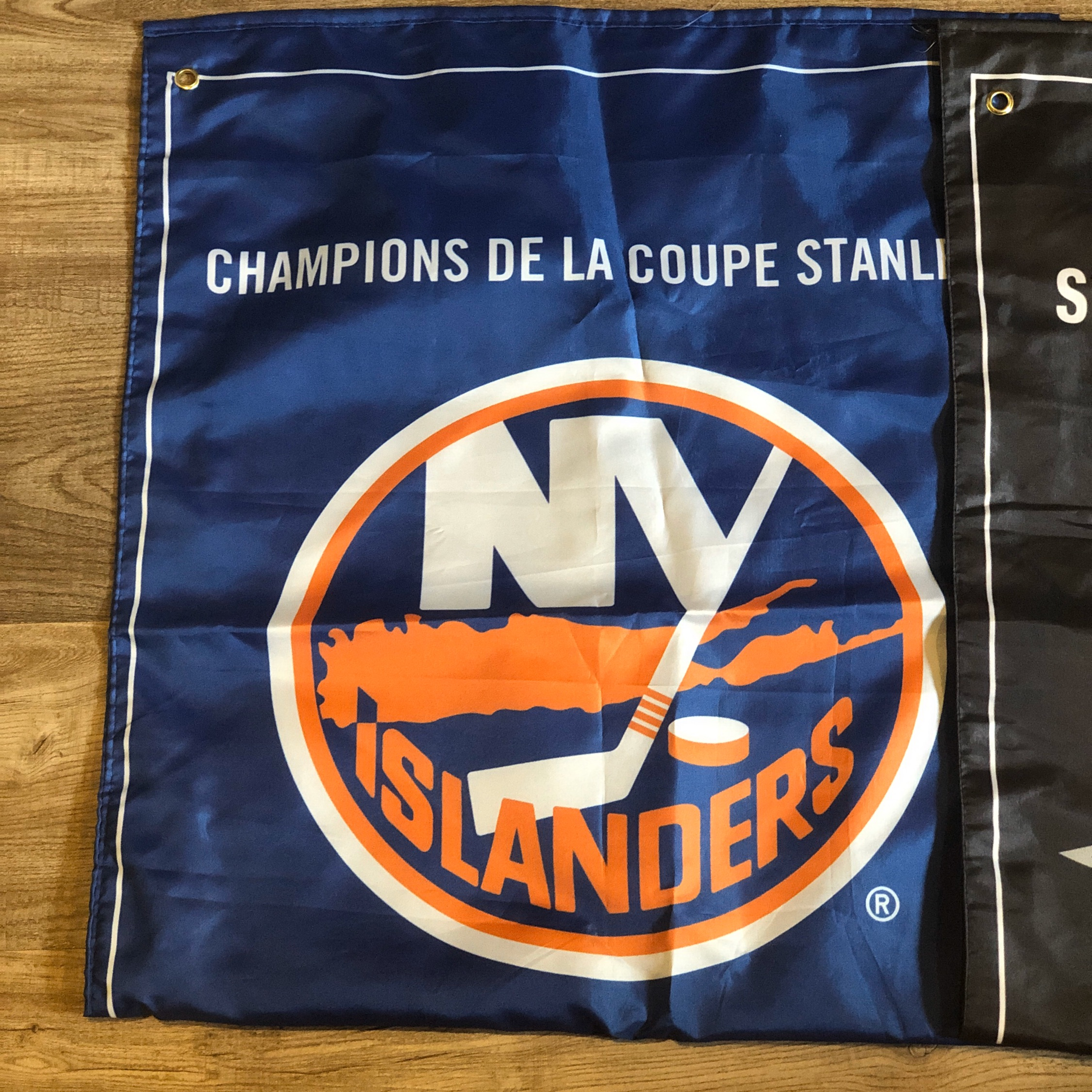 2 Nhl Sports Banners