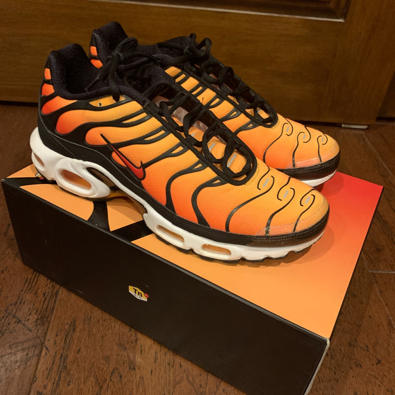 air max tn sunset