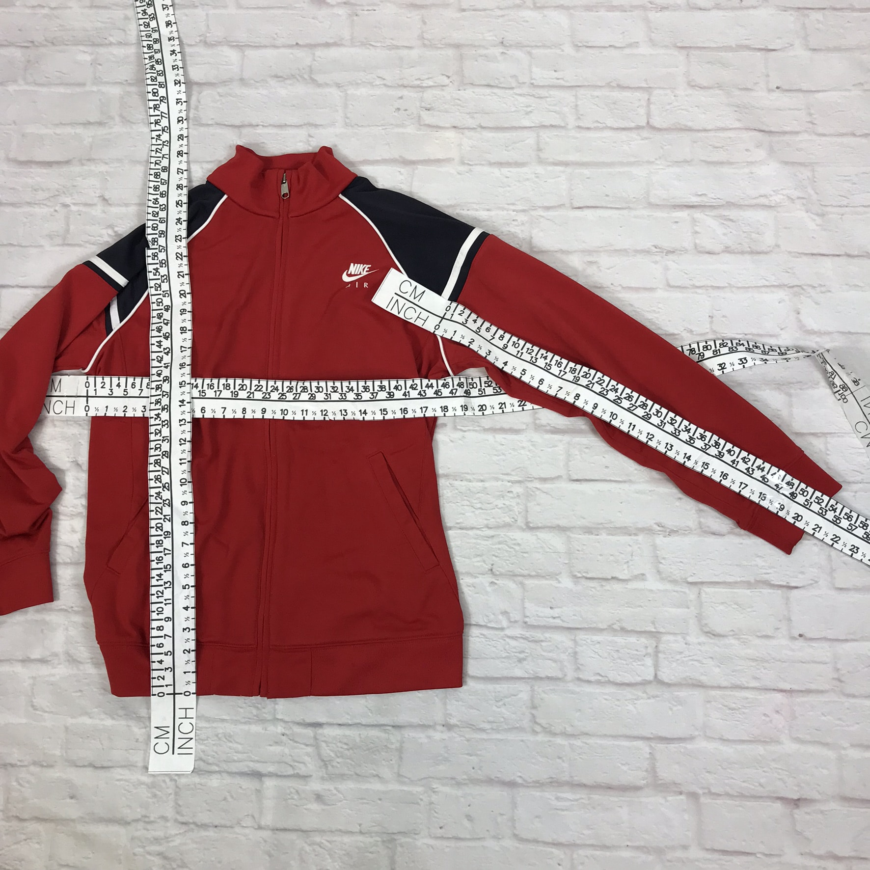 41e75884794 Unisex Vintage Nike track jacket in red and blue M
