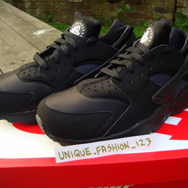 Nike Air Huarache Triple Black New Us6