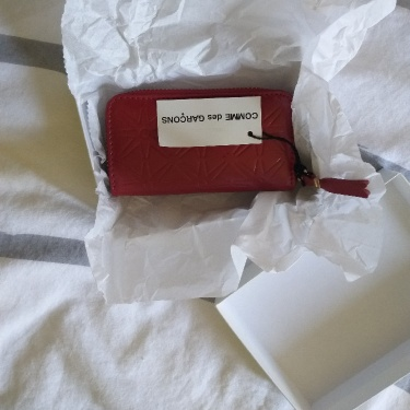 CDG Zip Count Purse RED Leather