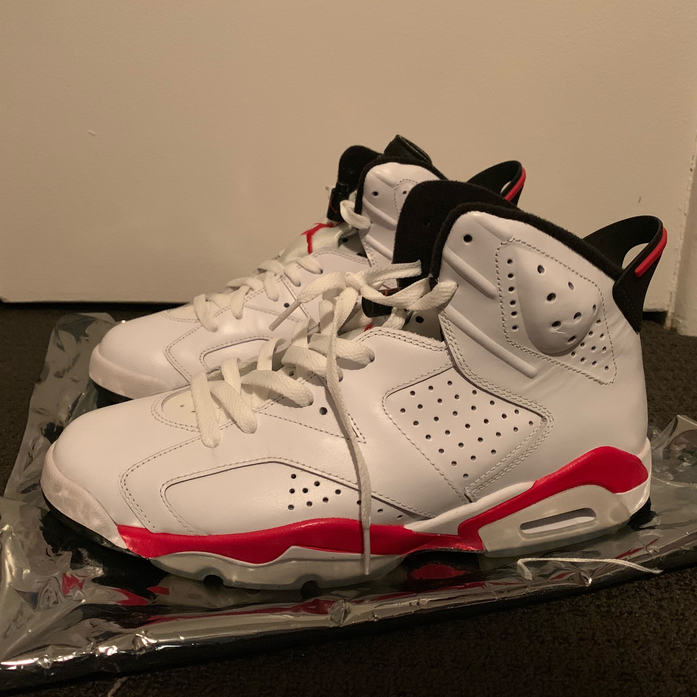 the best attitude 12db6 bae60 Air Jordan Vi(6) White Infrared 2010