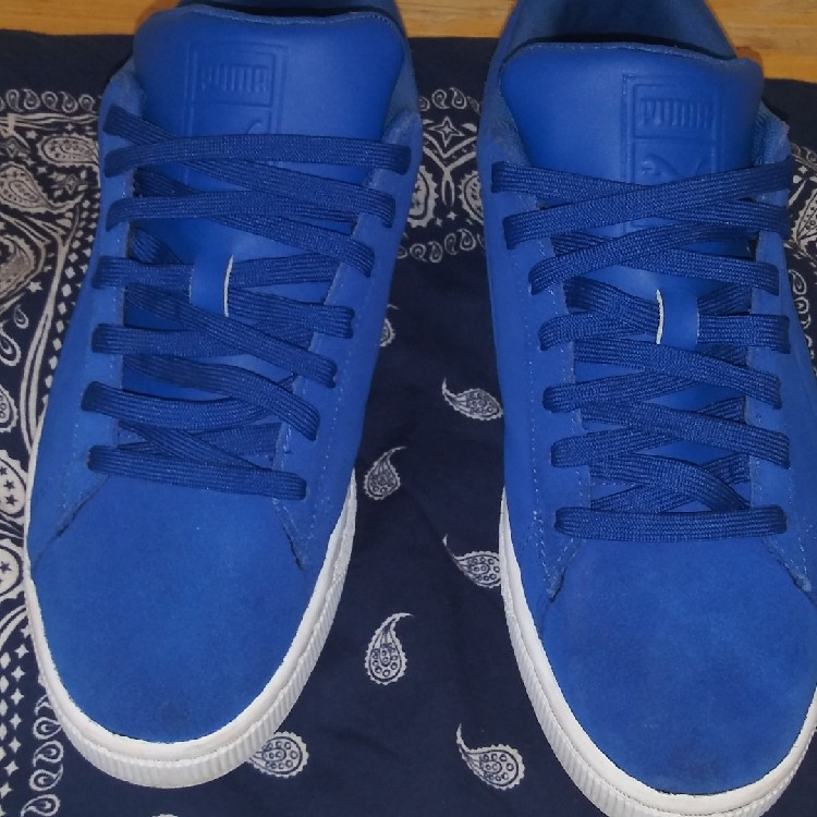 huge selection of 5975c 474eb Puma Suede Royal Blue Size 9.5