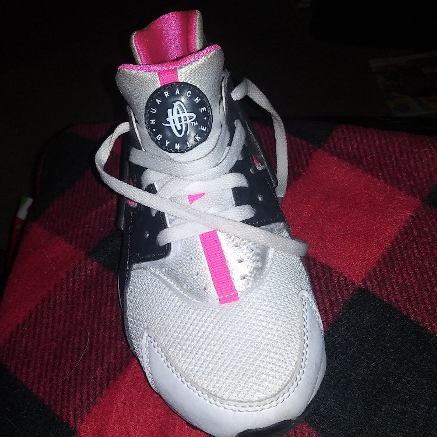 marcador Hablar aspecto  Nike Air Huarache Girls Running Shoes Size 5.5 White/Black/Pink!