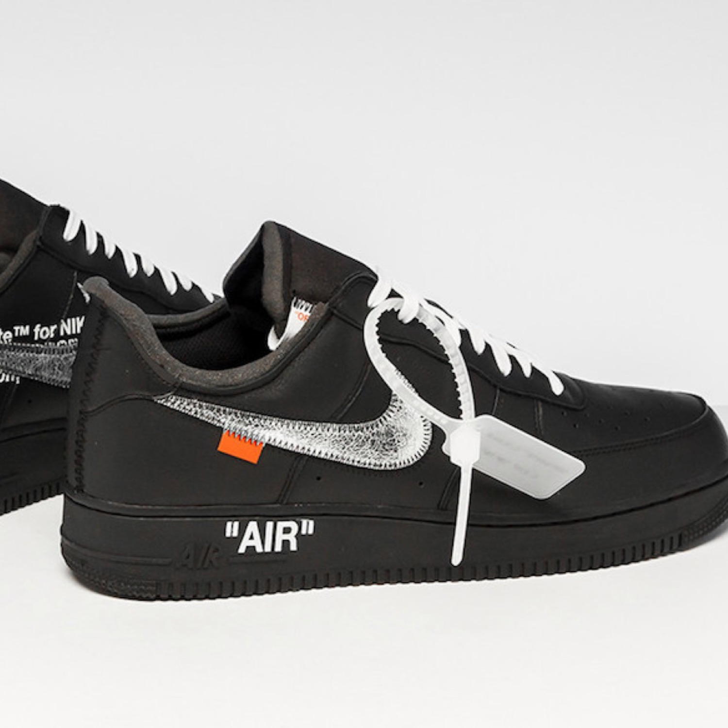 Nike Air Force 1 Off White Virgil X Moma