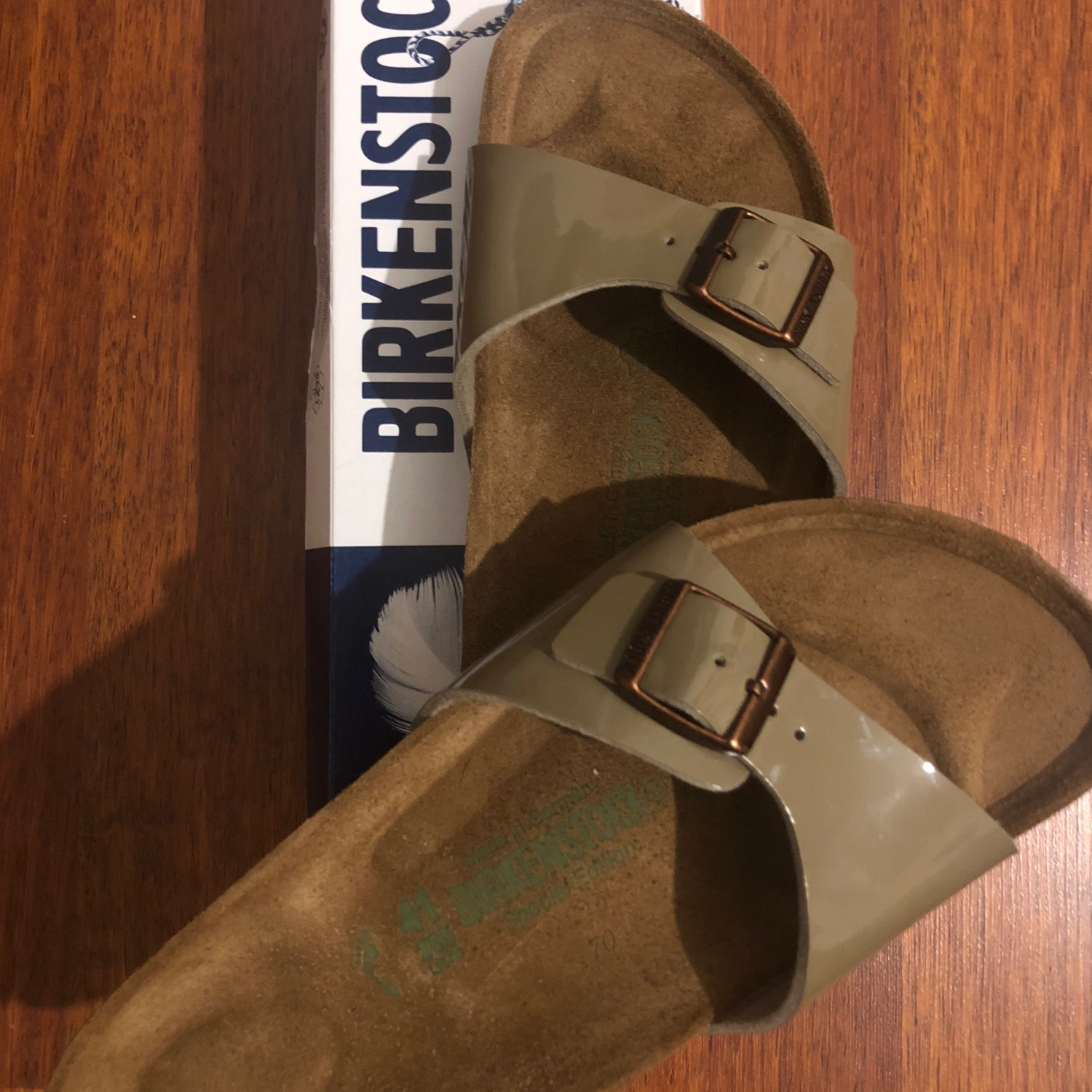 the latest ccc91 086a0 Birkenstock Madrid Lack Fossil
