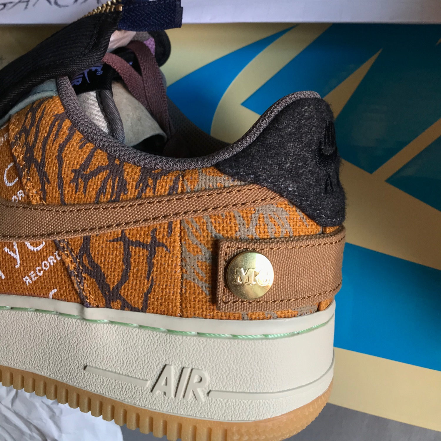 Wts Vendo Nike Air Force 1 Travis Scott 42,5/9Us