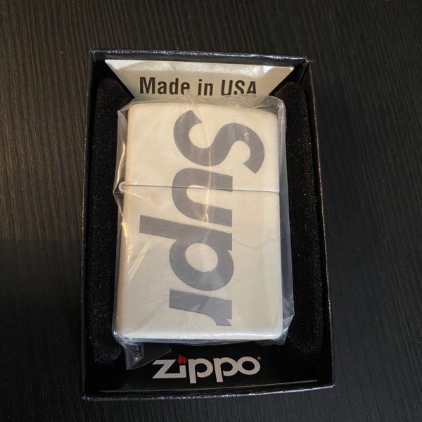 Supreme Glow In The Dark Zippo