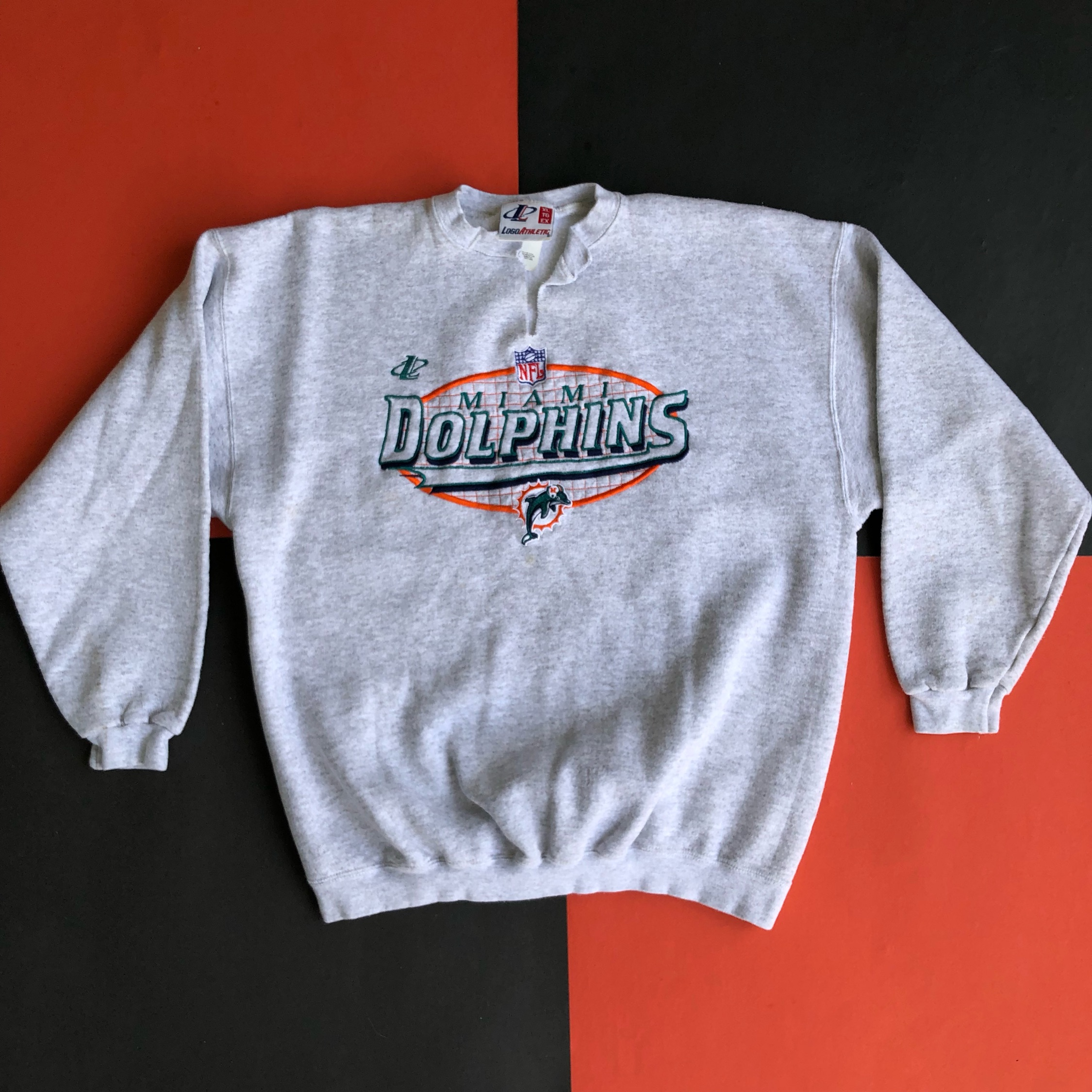 separation shoes 27273 24c5d Vintage Miami Dolphins Embroidered Sweatshirt