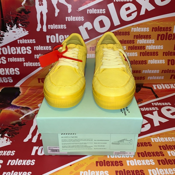 Off-White C/O Virgil Abloh Low Top Yellow