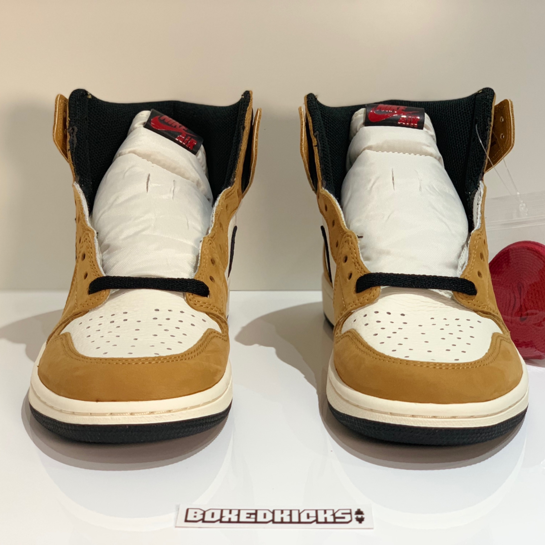 acde4f15cd2330 Nike Air Jordan 1 Rookie Of The Year Roty
