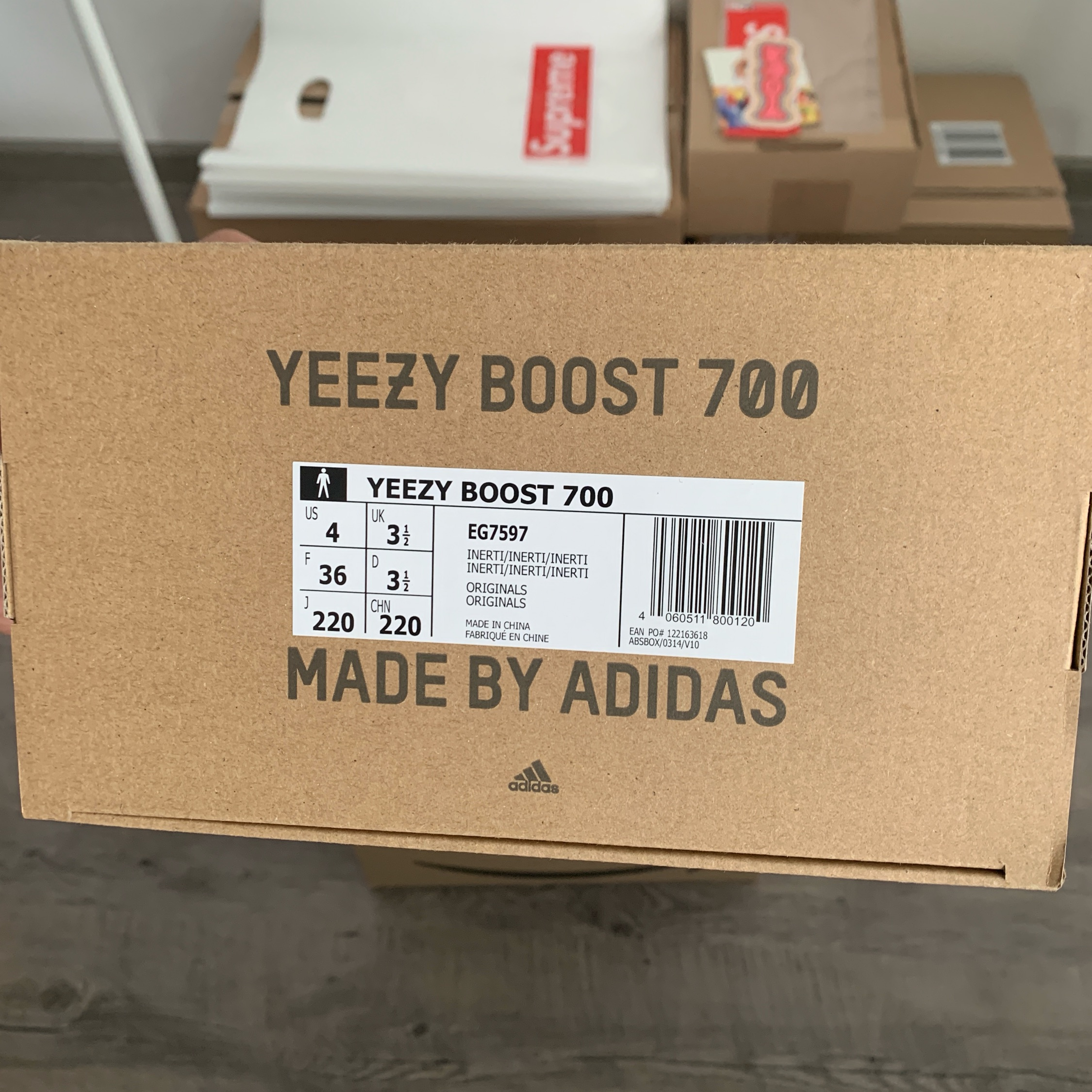separation shoes 9d00e 37216 Adidas Yeezy Boost 700 Inertia