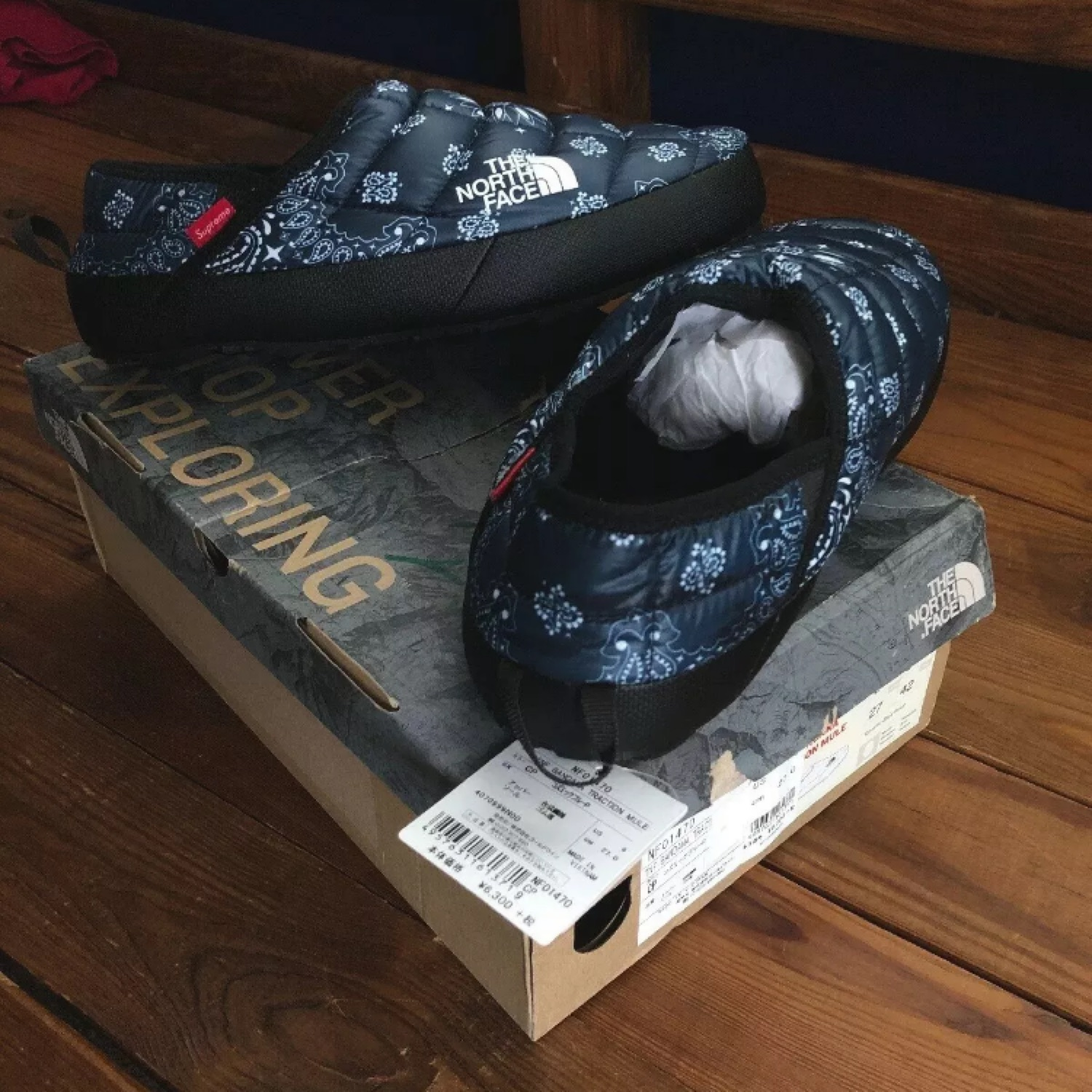supreme north face traction mule