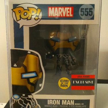 Funko Pop Marvel Iron Man #39 (Glows in The Dark)(AAA Anime Exclusive) with Soft Cover