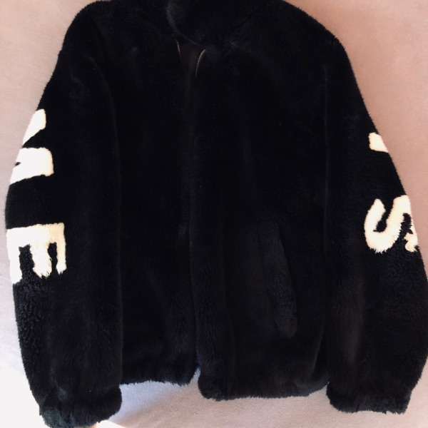 Supreme Faux Fur Bomber Jacket Box Logo Hoodie