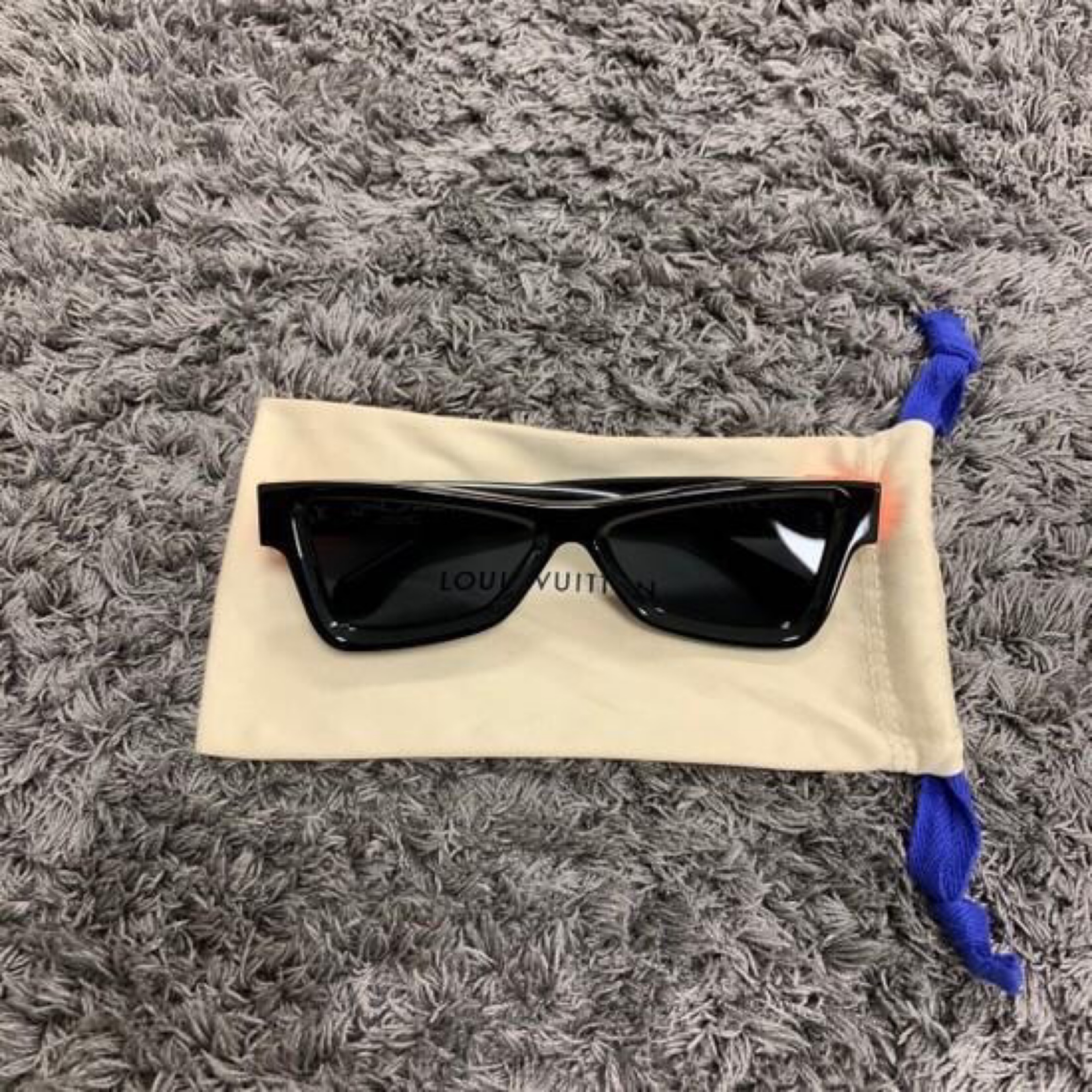 Louis Vuitton Skeptical Sunglasses