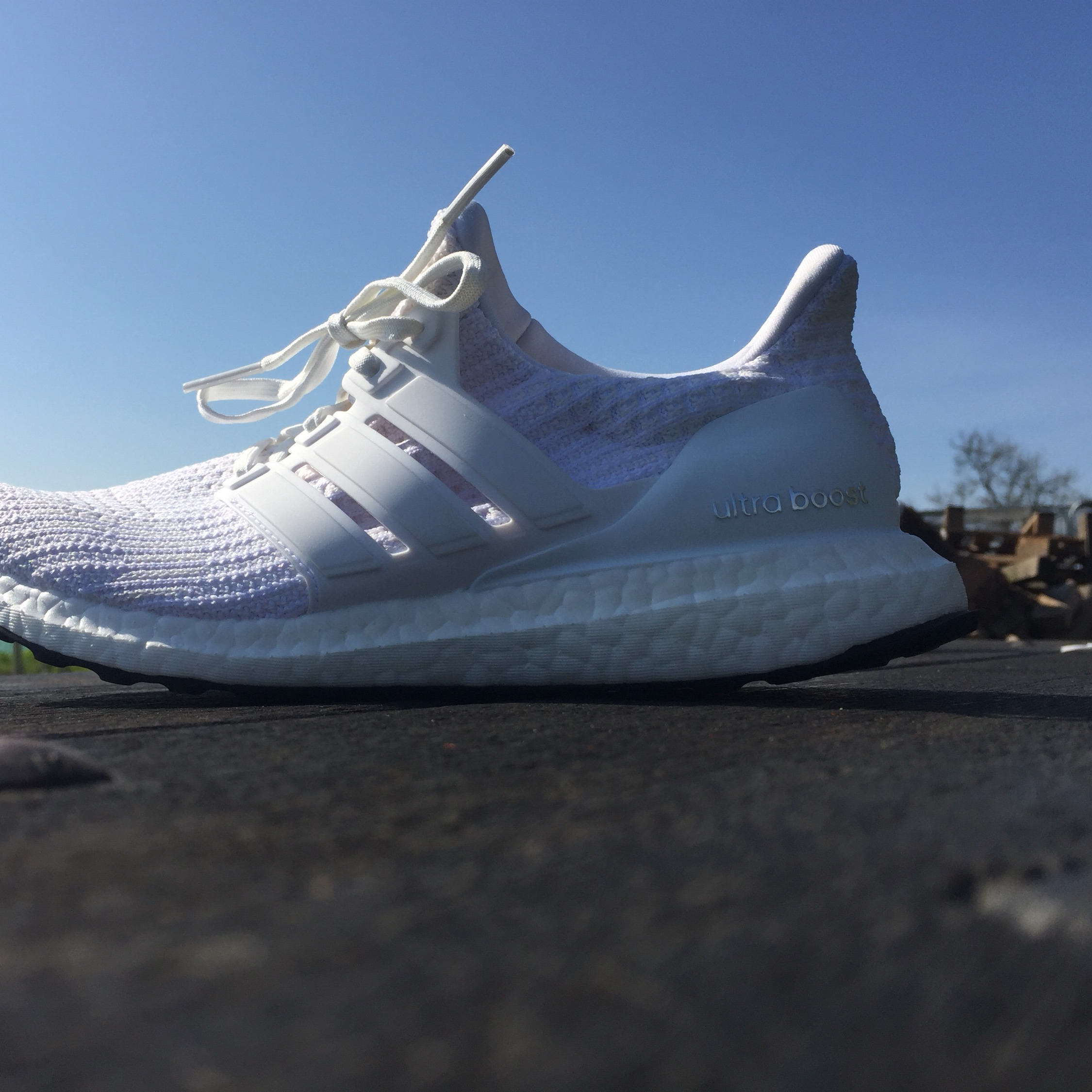 buy online 82a29 902ca Adidas Ultra Boost 4.0 Triple White. New . No Box