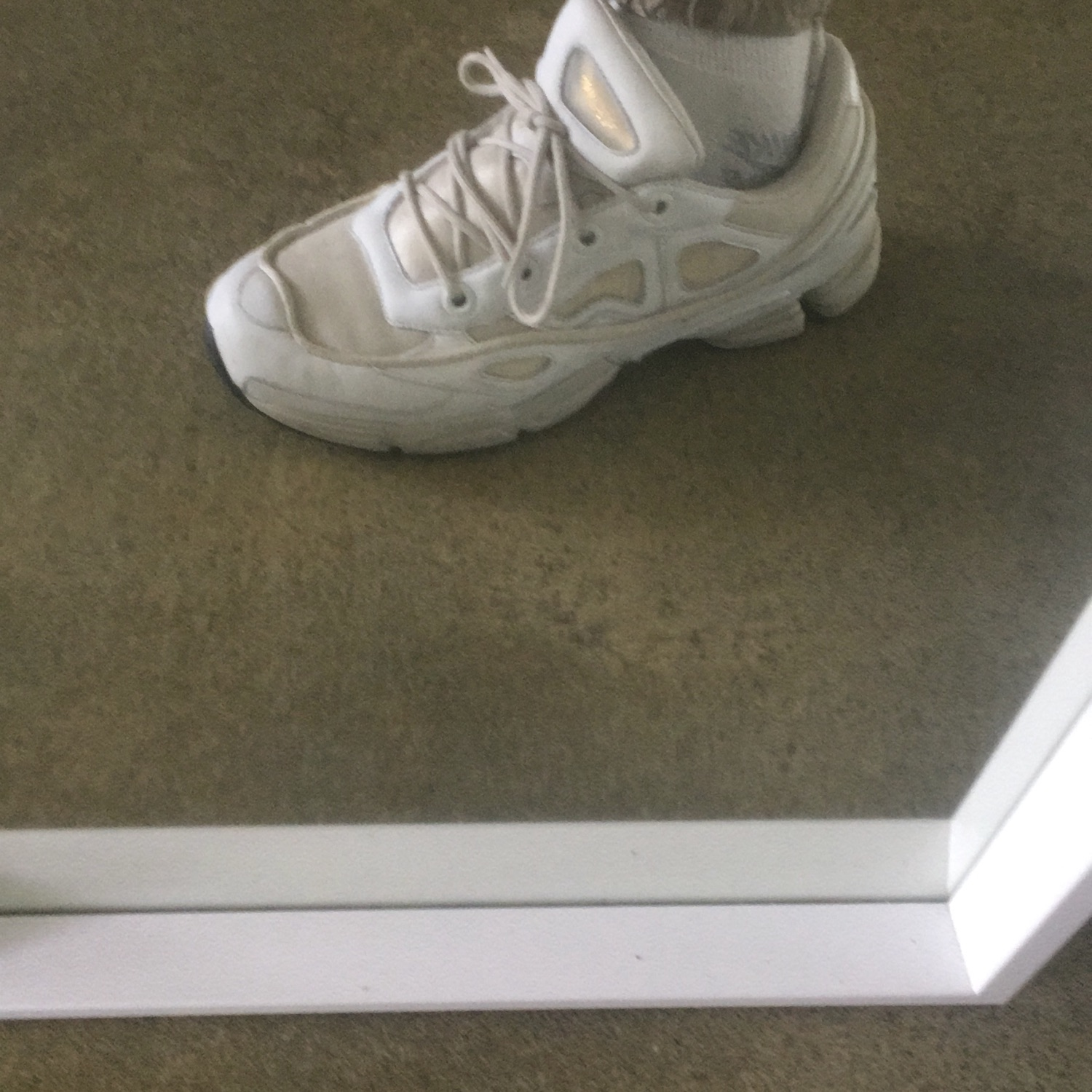 newest collection d0f05 92031 Raf Simons Ozweego Iii White