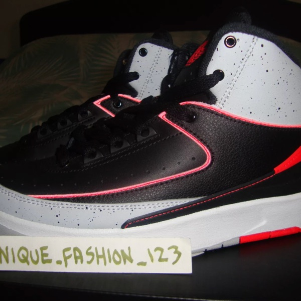 Nike Air Jordan 2 Retro Black Infared Us6Y