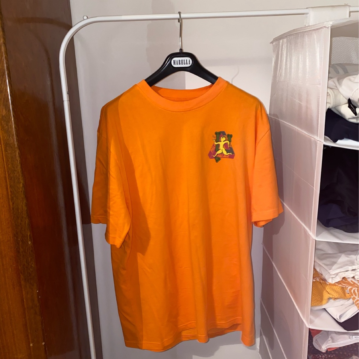 "Palace ""dancing man"" T-Shirt Orange"