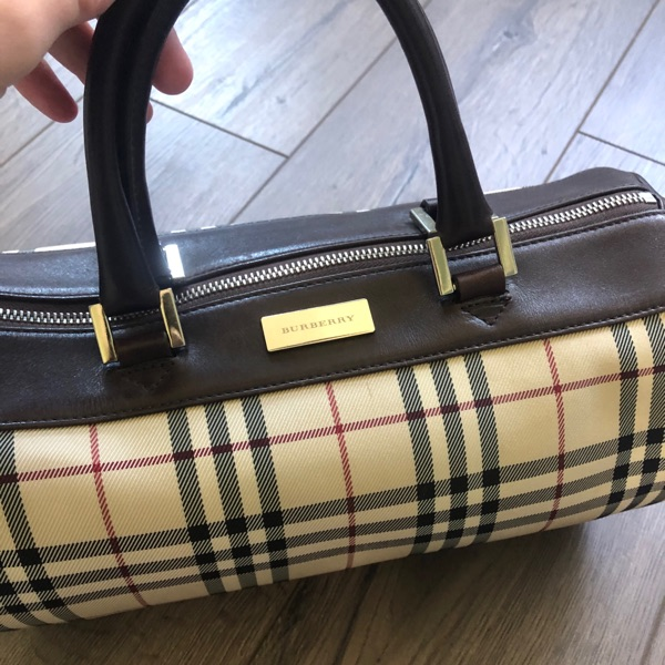 Vintage Burberry Nova Check Barrel Bag