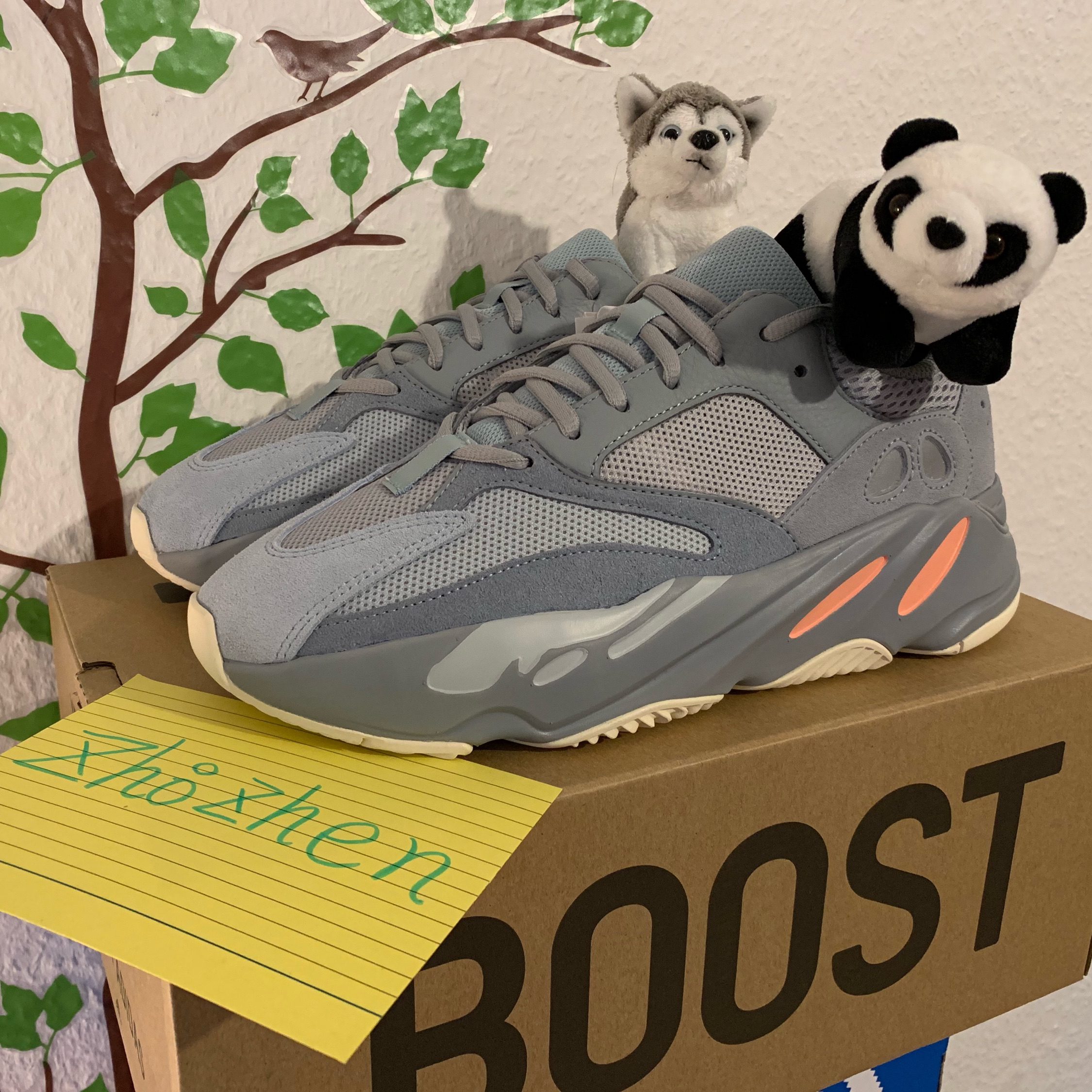 separation shoes 3f383 cc72f Yeezy 700 Inertia Us9 Eur42 2/3