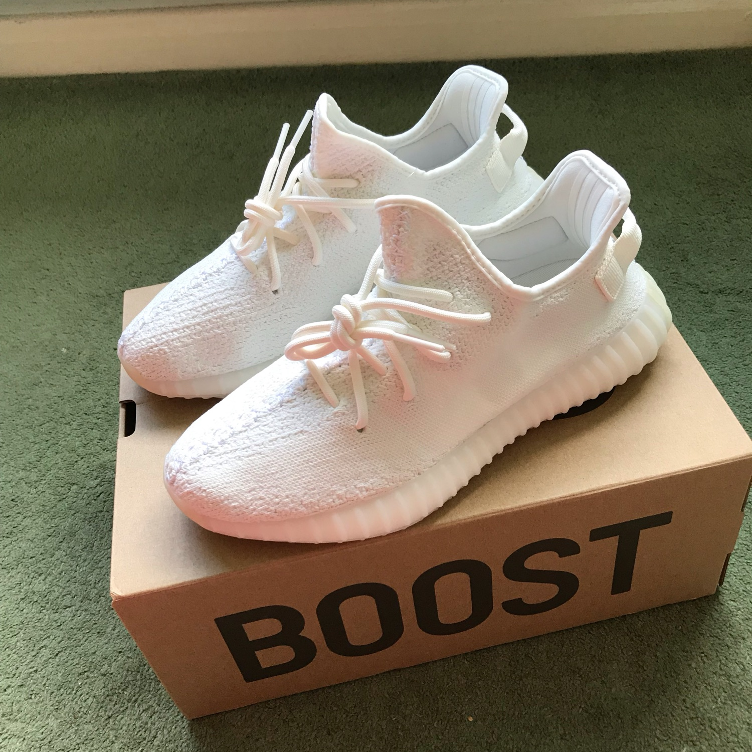new arrival 47b08 3a5d4 Adidas Yeezy Boost 350 V2 Cream/Triple White