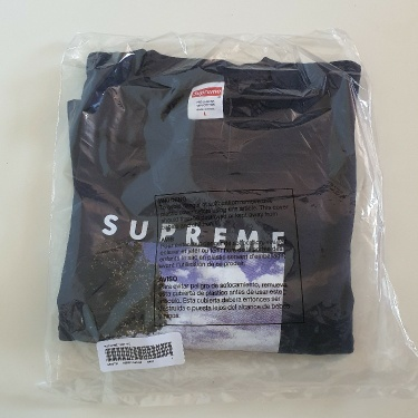 SS20 Supreme Time Tee Size L
