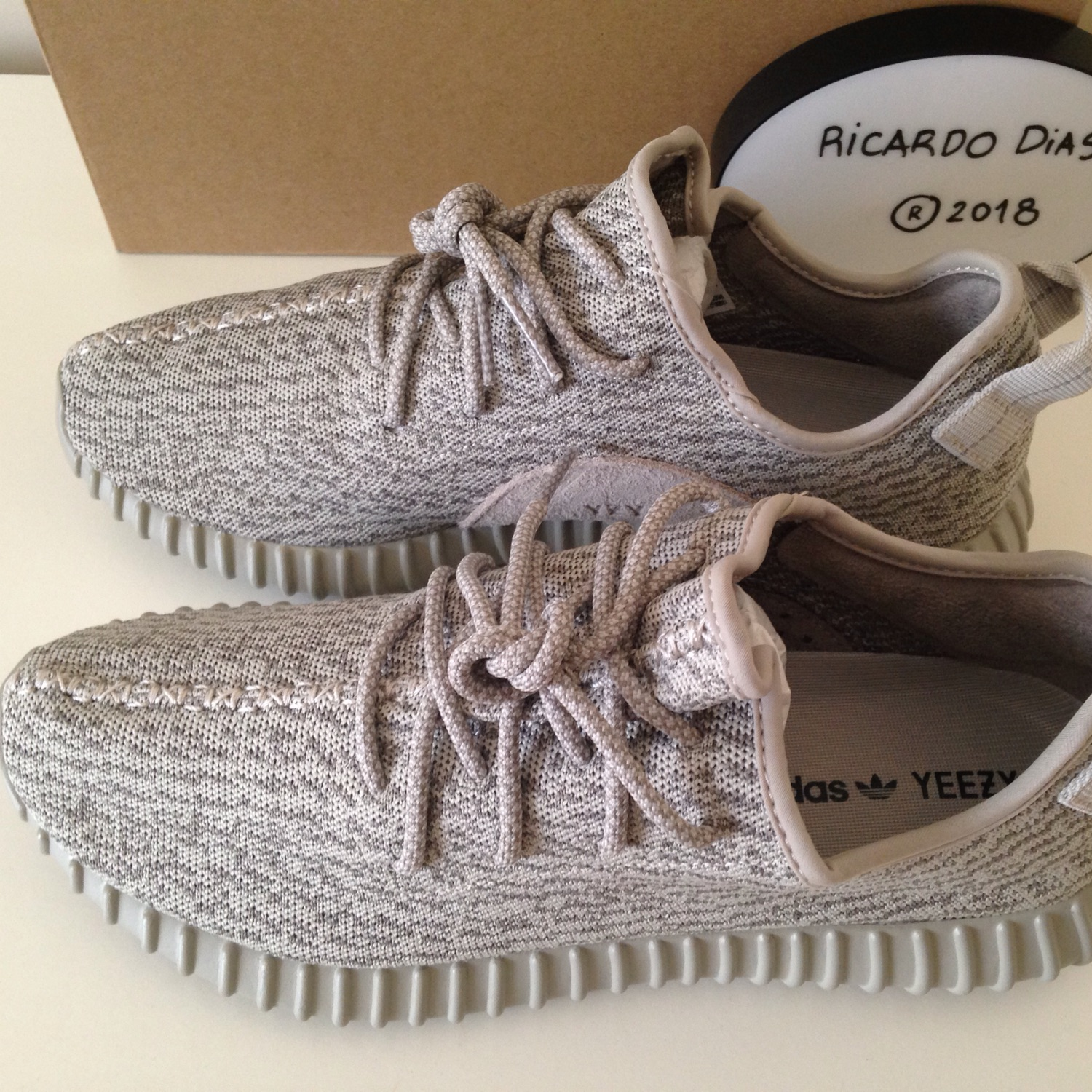 detailed look 53a69 df4b9 Yeezy Boost V1 Moonrock Us11 New Ds