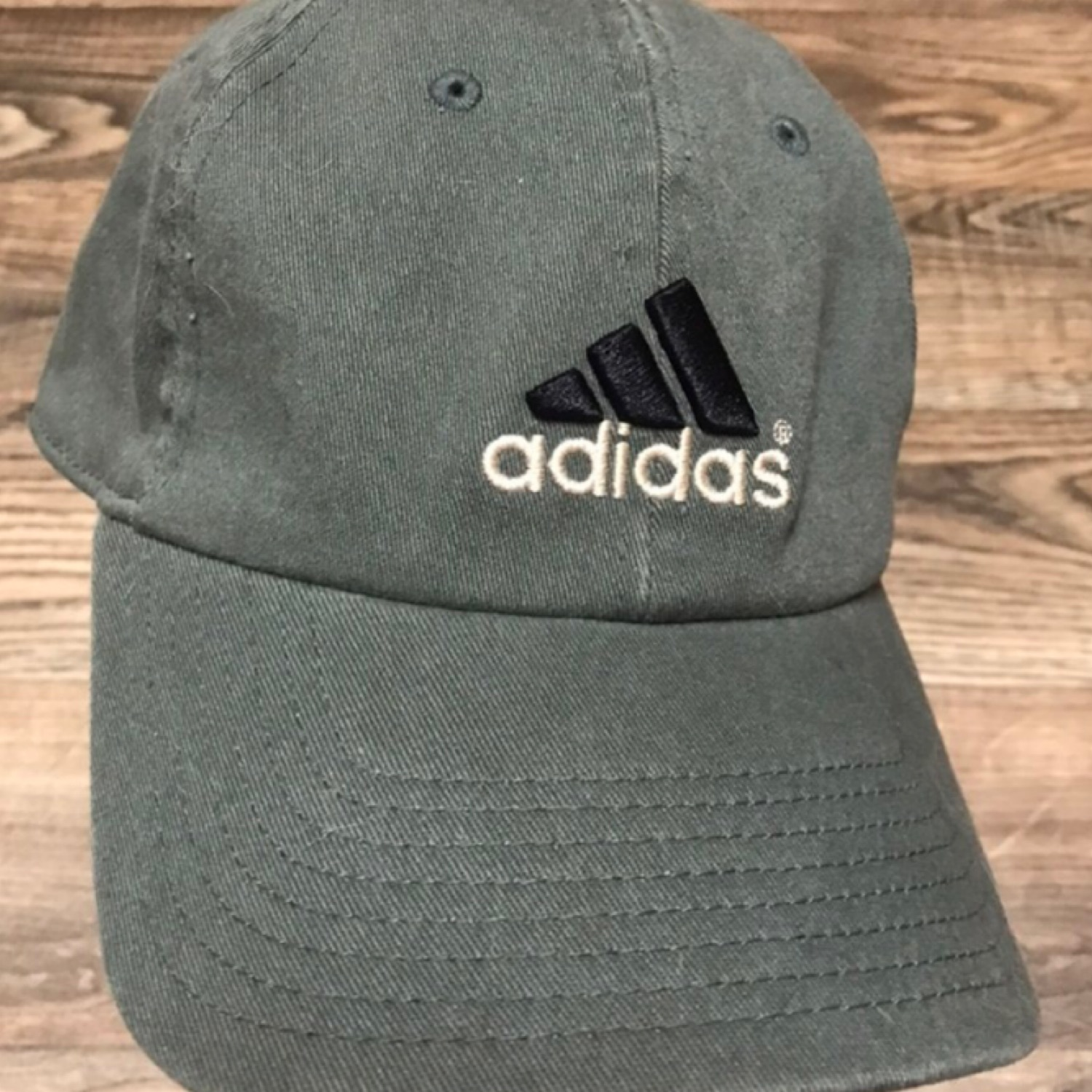066e60466e315 Vintage Adidas Fitted Cap