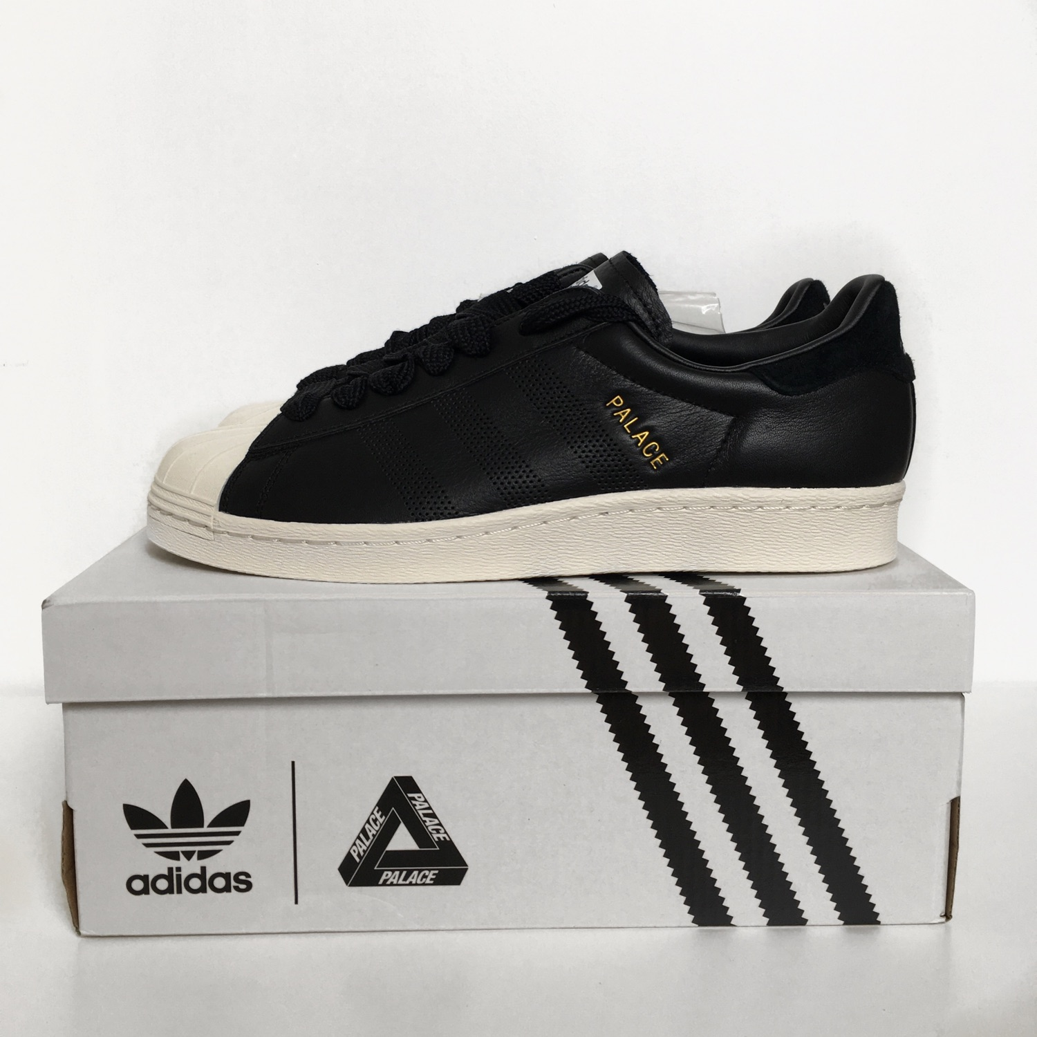 Encommium clima puenting  Palace X Adidas Superstar Black (Trades Accepted)