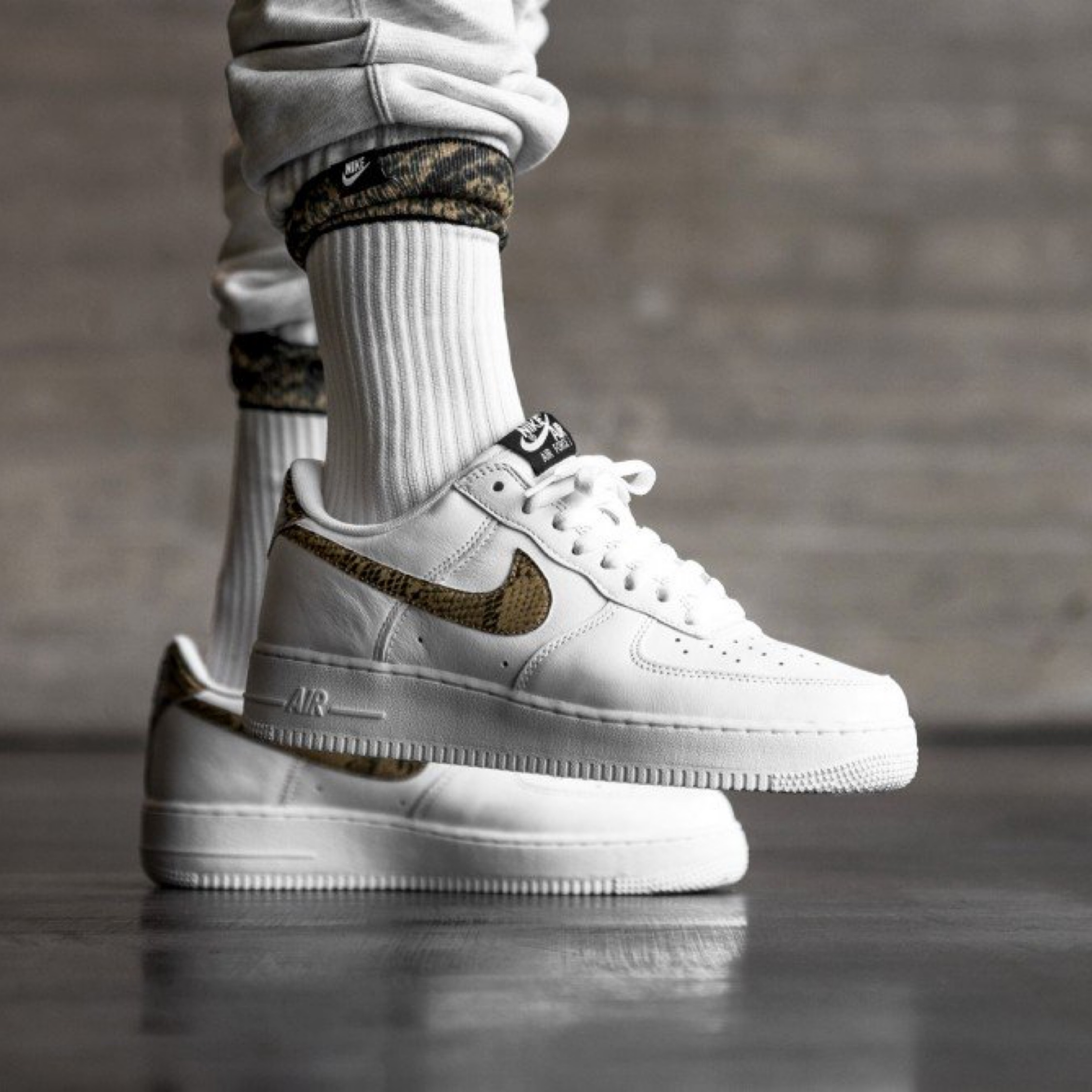 Nike Air Force 1 Low Retro Prm Qs *Ivory Snake*