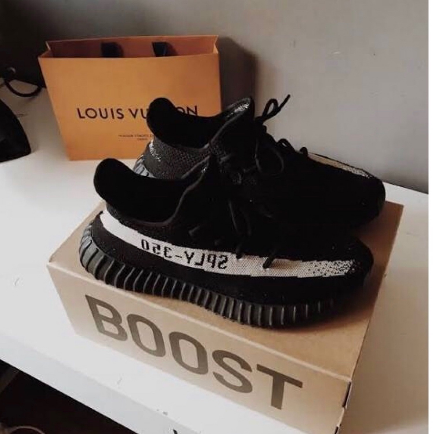 hot sale online 666c9 f93b2 Adidas Yeezy Boost 350 V2 Core Black White