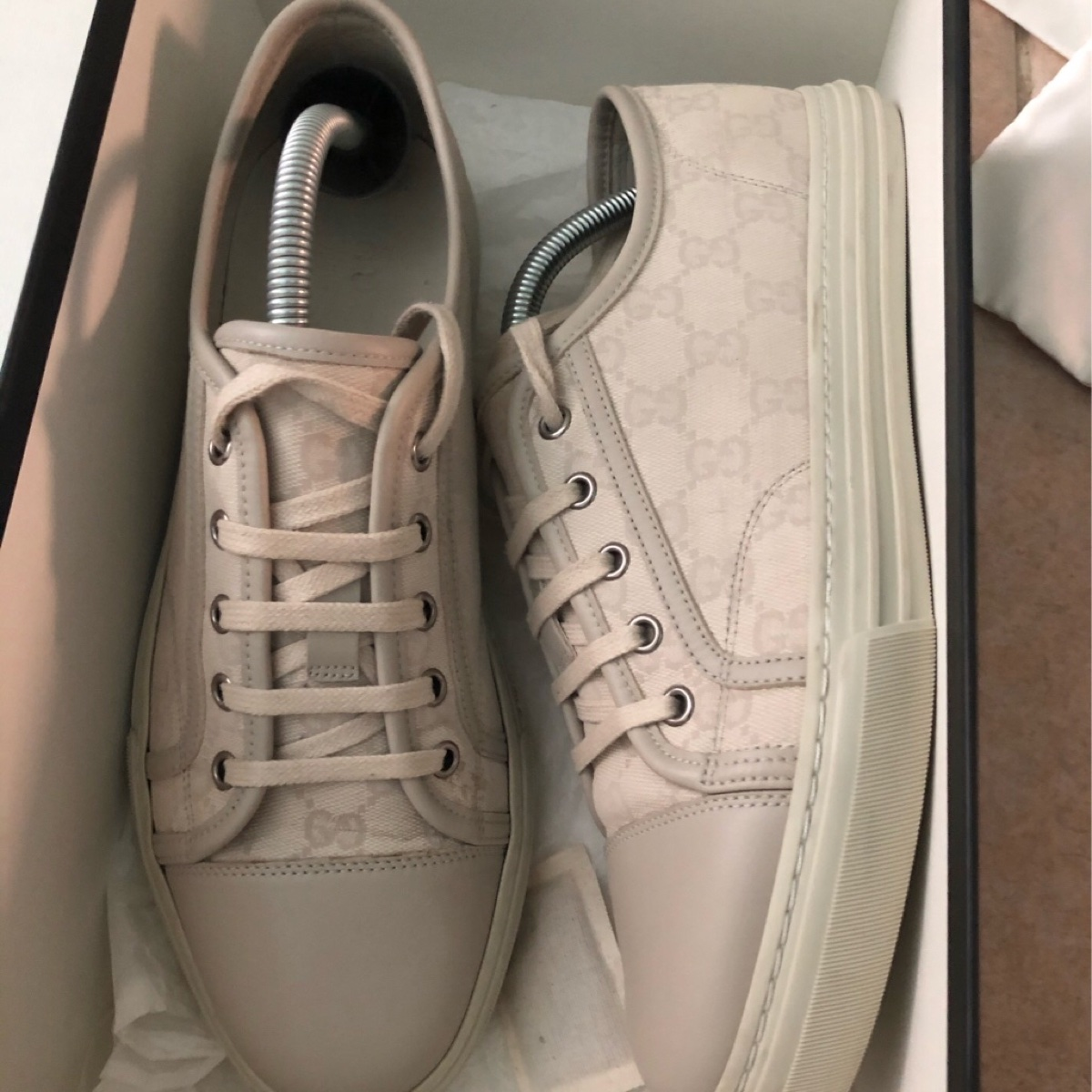Gucci GG Canvas Low top sneakers Size 8