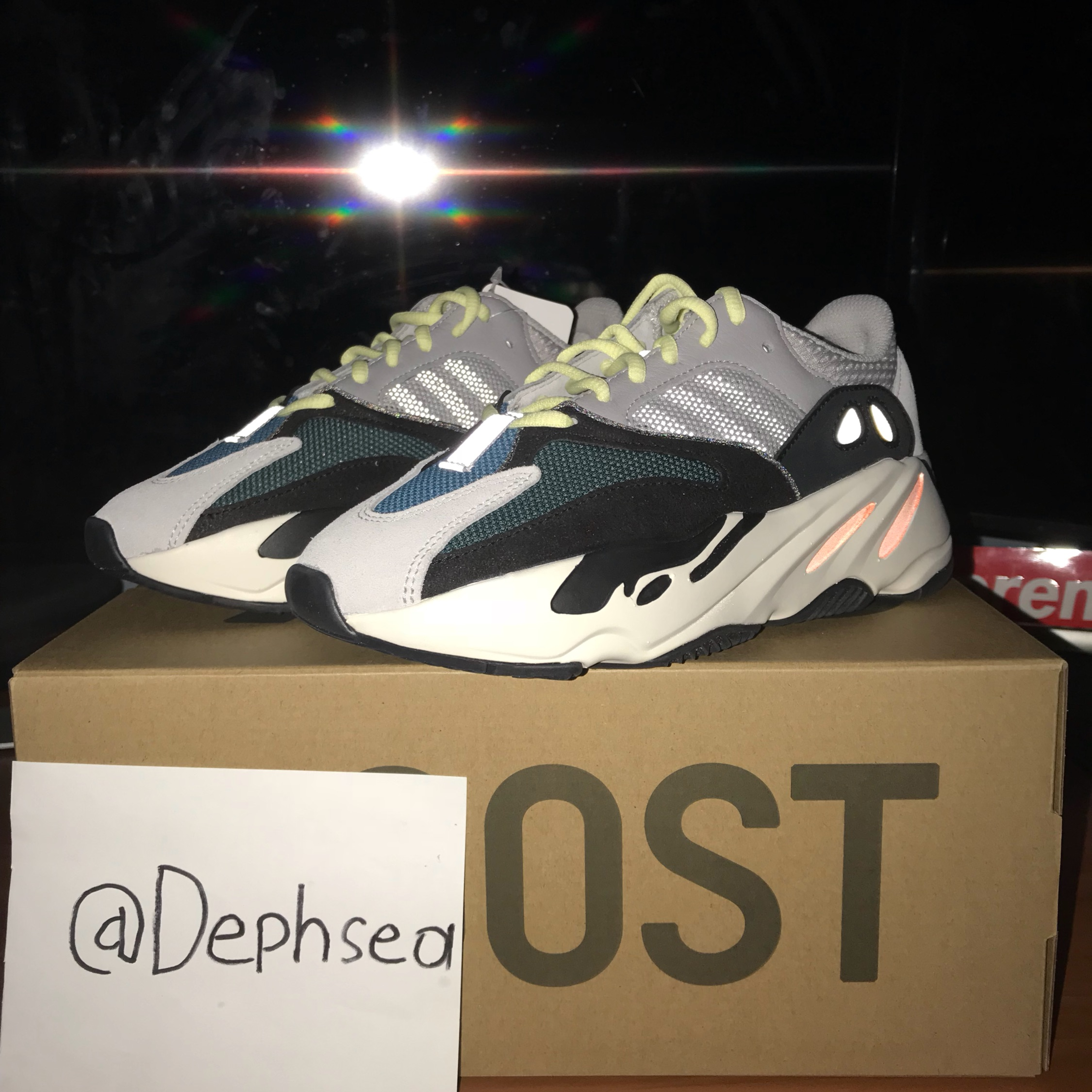 huge selection of a1179 9893e Yeezy Boost 700 Wave Runner Size 5