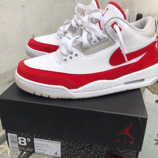 Jordan 3 Retro Tinker White University Red