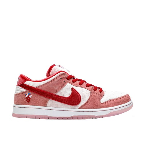 Nike Sb Dunk Low Strangelove Skateboards
