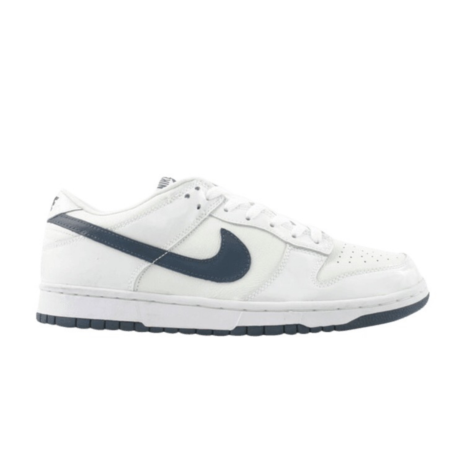 "brand new fe966 38d64 Nike Dunk Low Pro Wmns ""Patent Leather Navy"