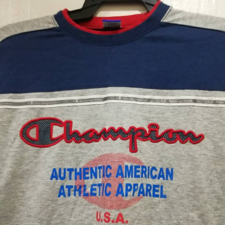 VINTAGE Champion Embroided