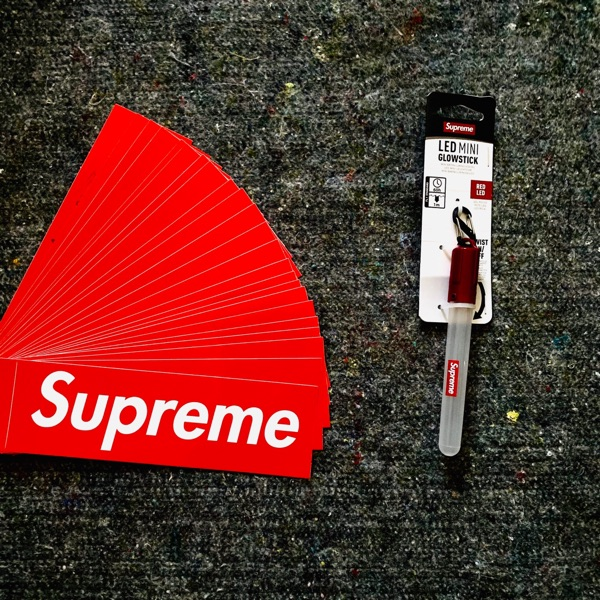 Supreme Led Mini Glow Stick