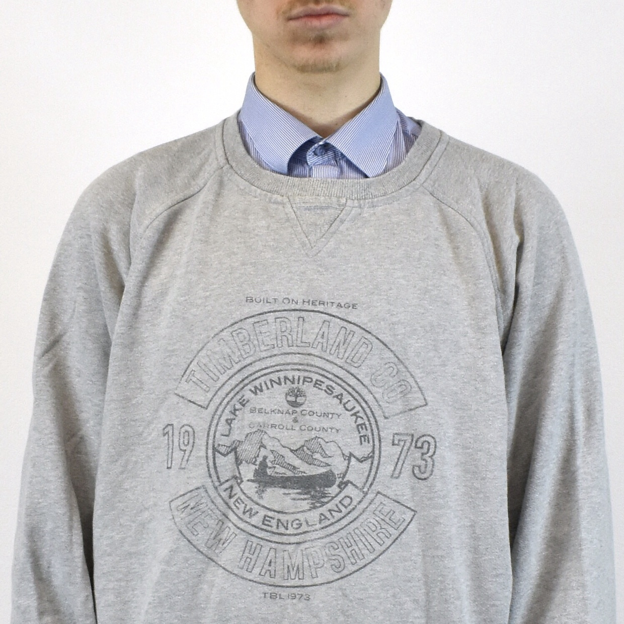 4255480d Unisex Vintage Timberland sweatshirt in gray has a cool design on the ...