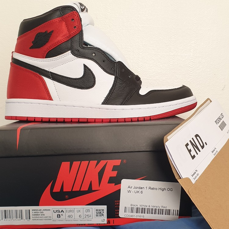 jordan 1 black toe satin