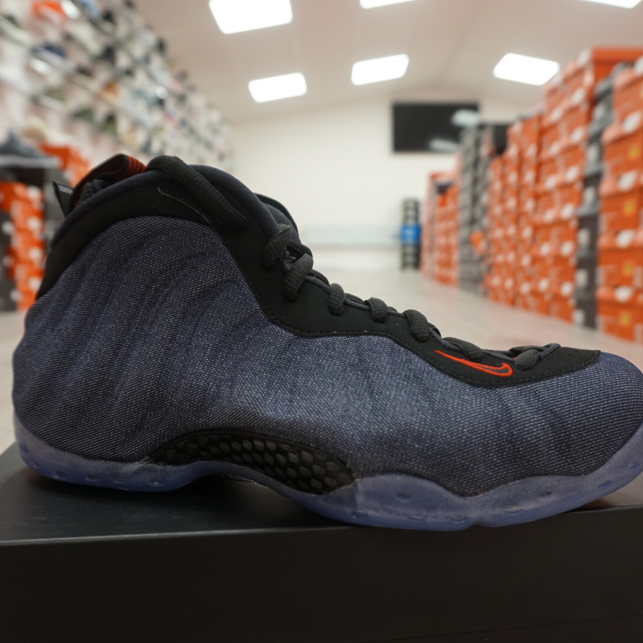 check out a78ac be3ed Nike Air Foamposite 1 Denim