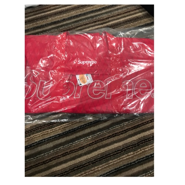Supreme Fw18 Red Duffle Bag