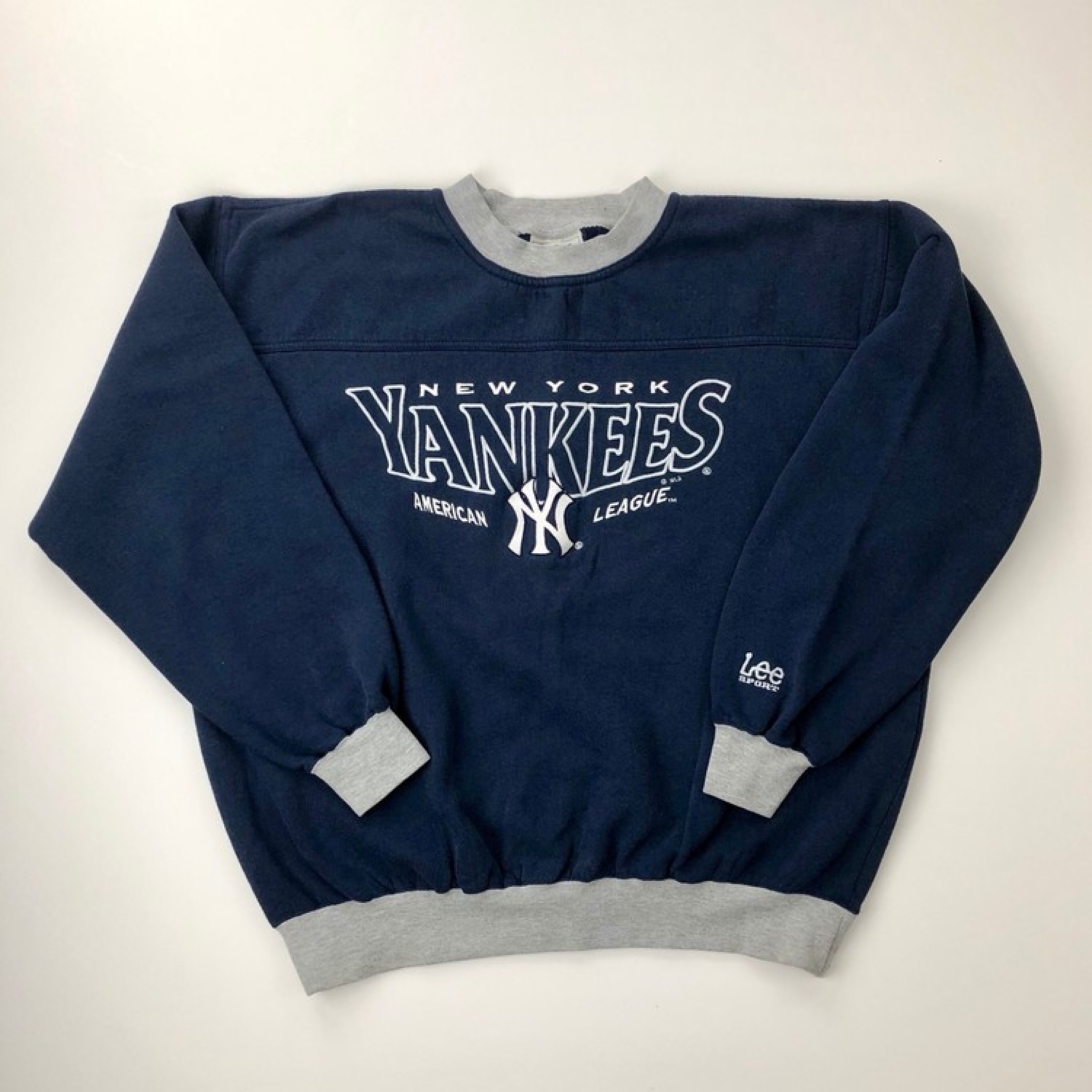 various colors ff582 982bc New York Yankees Lee Sport Vintage Pullover