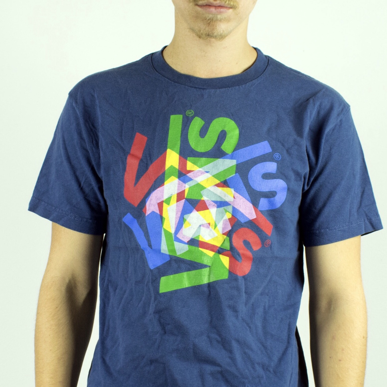 Unisex Vintage Vans t-shirt in blue has spellouts on the front size M