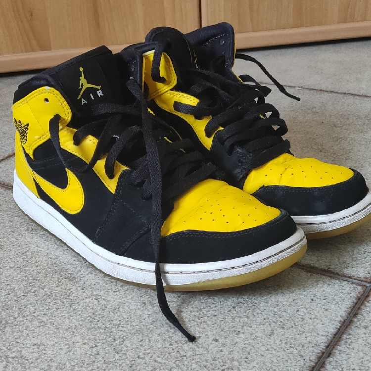 dos semanas Materialismo Miau miau  jordan 1 retro mid new love (2017)